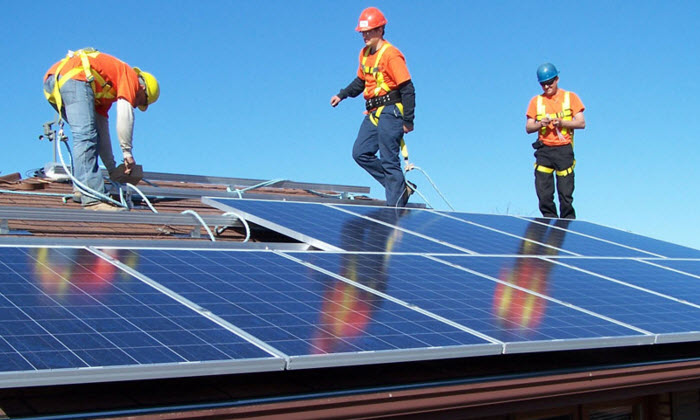 Is a Liquidity Crunch in the Solar Sector Ahead?